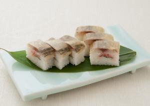 鯵と梅肉の押寿司